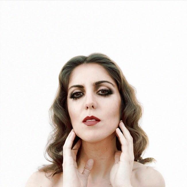 Rocío López, La Boterita, lanza su primer trabajo en solitario 'Esperándote'